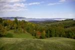 Рана јесен се приказивала лакшим руменим нијансама крошњи