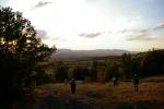Стојећи пред несвакидашњом игром светлости и силуета планина