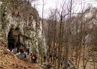И ево прве пећине