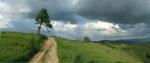 Са истока се навлачи све више облака, то се види јер имамо преглед преко великог пространства, иначе нам ипак нису опасно близу