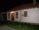 У кући код Сергеја, у Каменици светло чека нас