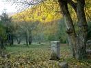 Наравно, оданде се може и до Три Чуке и Копрена, али ова долина заслужује посебну пажњу