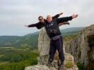 Неко левитира, а неко балансира! ;-))