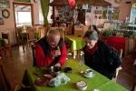 У ресторану 'Жубор врела'код Славише, нико  од нас се није сетио на слика, али нема везе, тамо је увек веома пријатно . за сваку препоруку (има и неколико соба)
